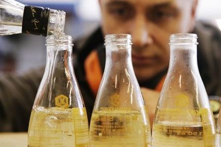 Tuning Soy Sauce Bottles for BottleBellows